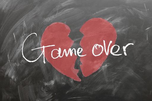 Broken Heart: Love Game Over