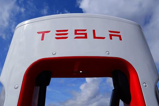 Tesla Car Supercharger EV